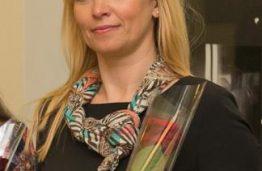 Ingridai Venytei  įteiktas technologijos mokslų daktaro diplomas