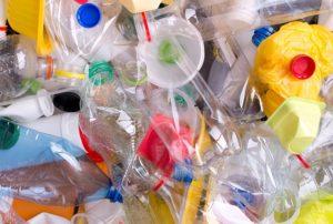 Plastiko pakuočių atliekos: kad būtų pasiekti užsibrėžti tikslai, ES būtina skatinti antrinį perdirbimą
