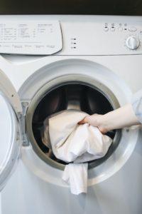 Lietuvos mokslininkai energijai gaminti siūlo panaduoti pūkus iš skalbinių džiovyklių filtrų